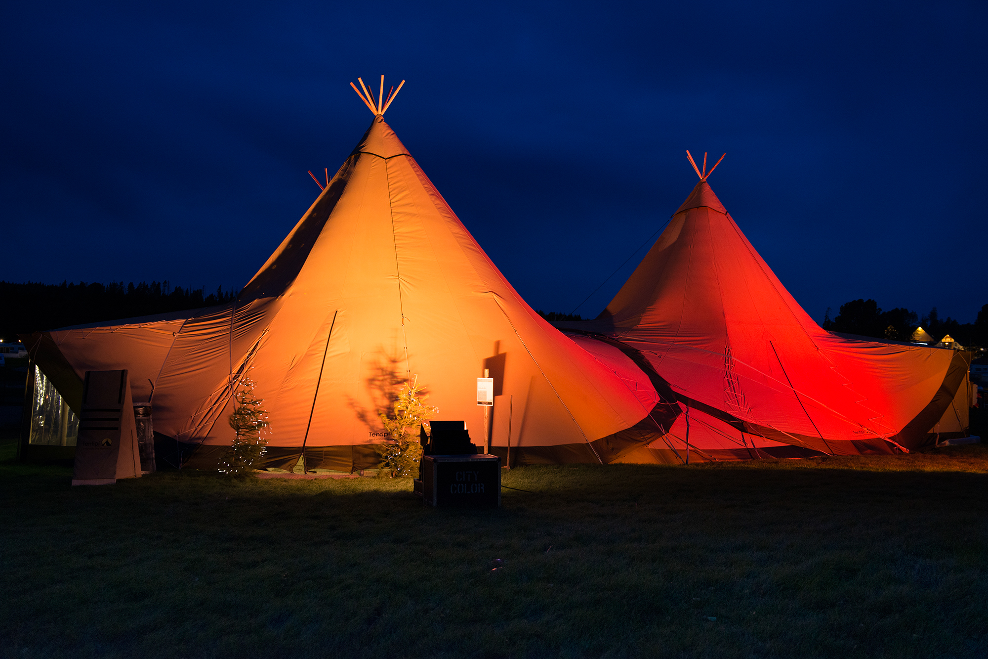 exterior tipi with lighting