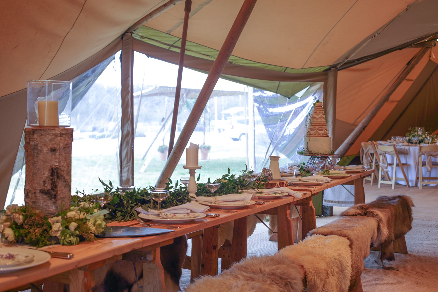 tipi benches with fur