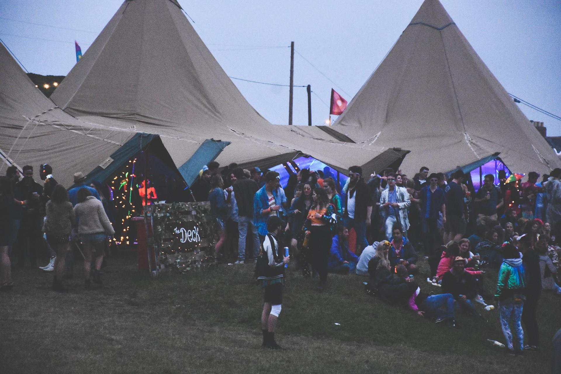 festival tipi
